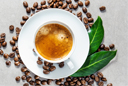 Обратите внимание на употребление чая и кофе